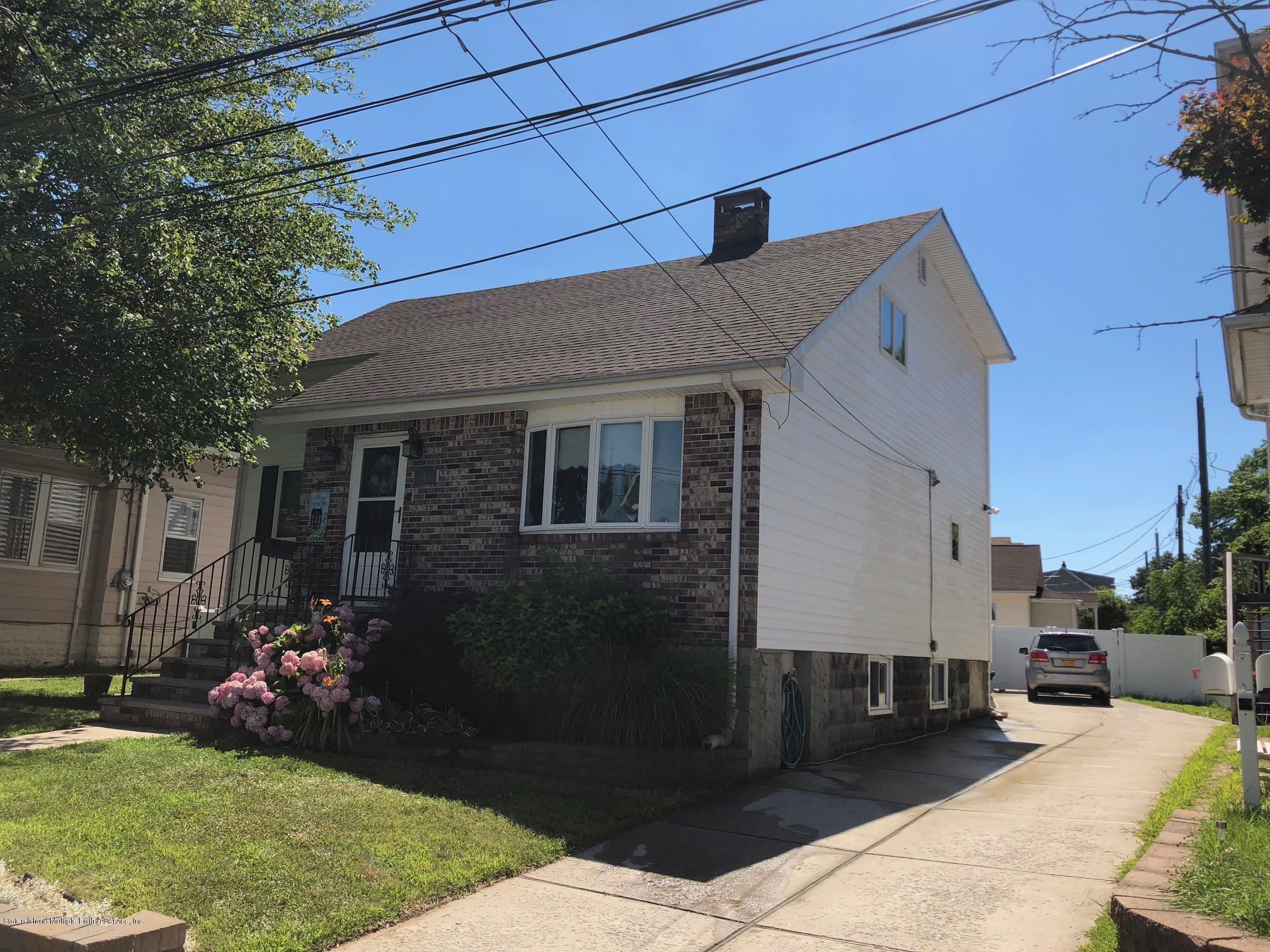Single Family - Detached 362 Brehaut Avenue  Staten Island, NY 10307, MLS-1120848-2