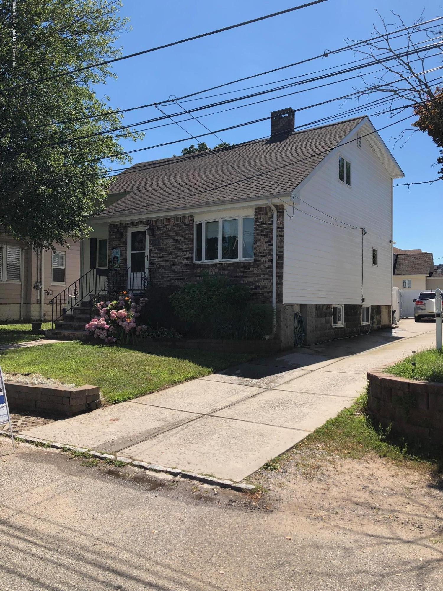 Single Family - Detached 362 Brehaut Avenue  Staten Island, NY 10307, MLS-1120848-3