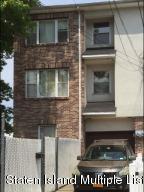 9 Oak Street, Staten Island, NY 10305