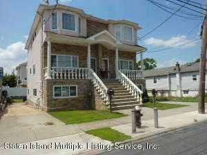 121 Winham Avenue, Staten Island, NY 10306