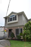 32 King James Court, Staten Island, NY 10308