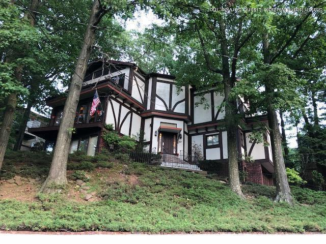 Single Family - Detached in Todt Hill - 5 Staten Island Blvd   Staten Island, NY 10301