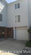 61 Ilyssa Way, Staten Island, NY 10312
