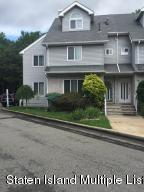35 Fairlawn Loop, Staten Island, NY 10308