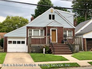 290 Locust Avenue, Staten Island, NY 10306