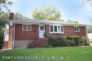286 Oak Avenue, Staten Island, NY 10306