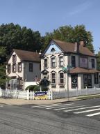 7481 Amboy Road, Staten Island, NY 10307