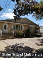 424 Falcon Avenue, Staten Island, NY 10306