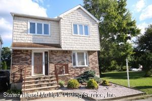 Beautiful One family Colonial
