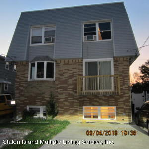 418 Willow Rd W, Staten Island, NY 10314
