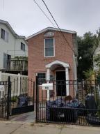90 Mapleton Avenue, Staten Island, NY 10305