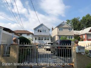 63 School Road, Staten Island, NY 10305