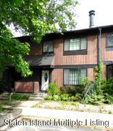 17 Hickory Court, Staten Island, NY 10309