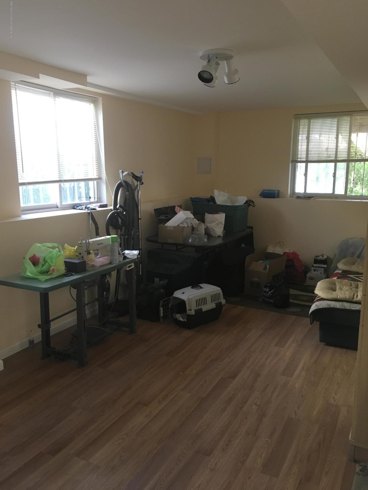 Single Family - Semi-Attached 190 Moreland Street  Staten Island, NY 10306, MLS-1123255-14