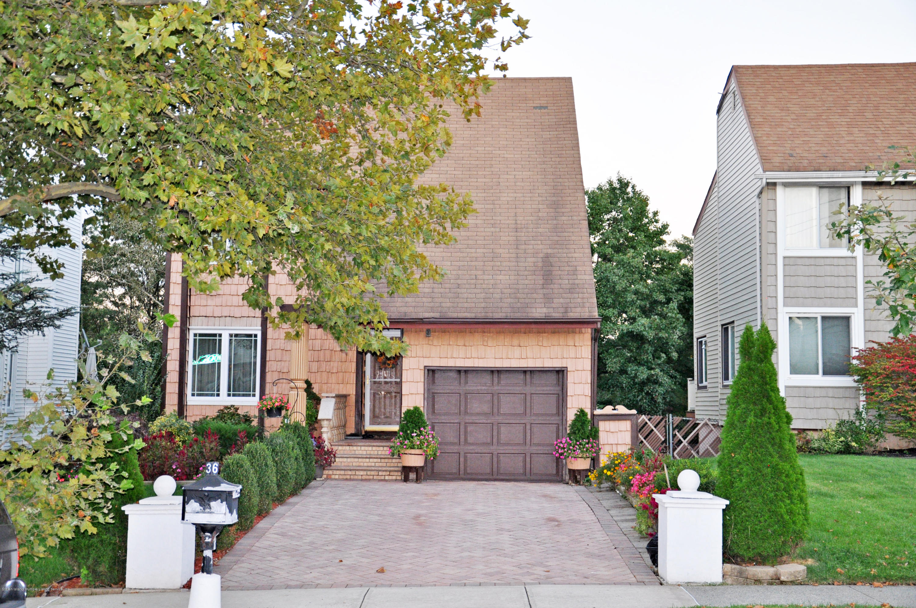 Single Family - Detached in Arden Heights - 36 Woodrow Road   Staten Island, NY 10312