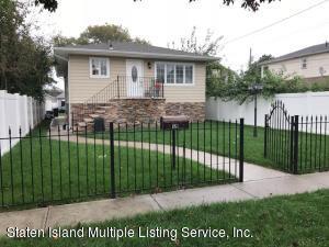 121 Marine Way, Staten Island, NY 10306