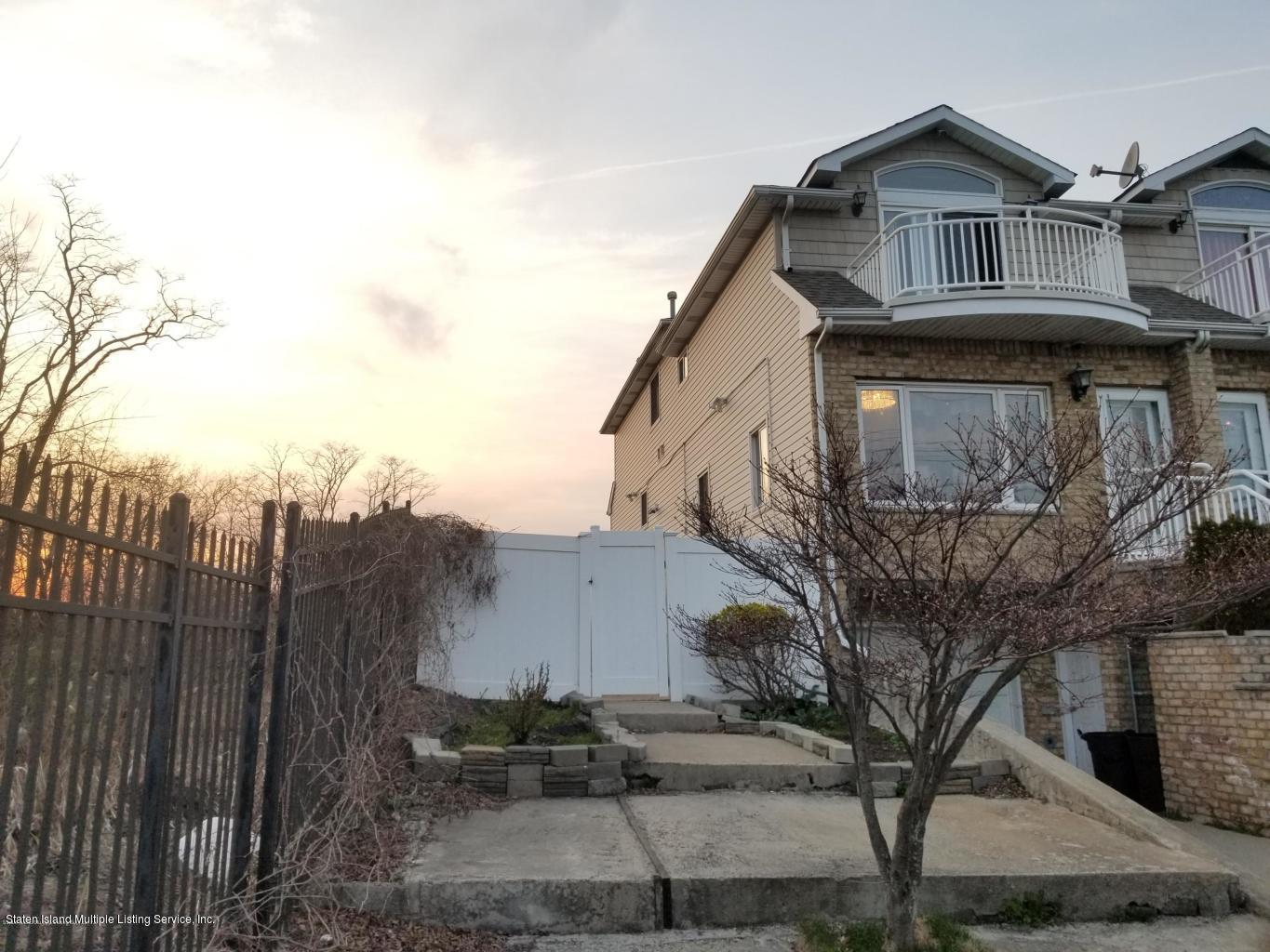 Two Family - Attached 481 Father Capodanno Boulevard R  Staten Island, NY 10305, MLS-1123378-33