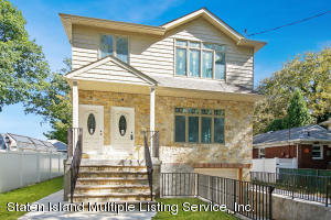 QUALITY NEW CONSTRUCTION 6/6 TWO FAMILY DETACHED HOME ON HUGE 50' X 150' LOT