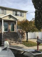 14 Celtic Place, Staten Island, NY 10306