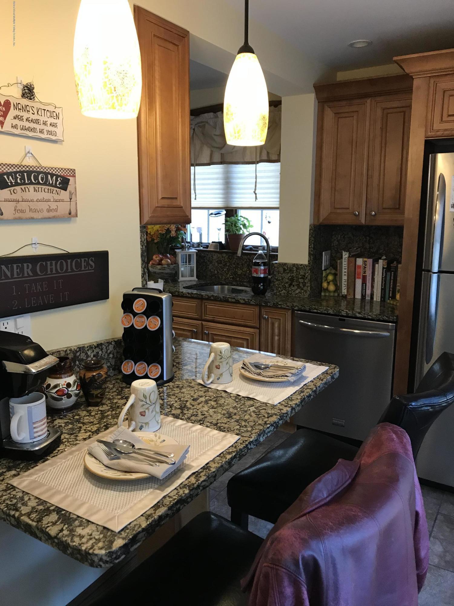 Single Family - Detached 276 Hart Avenue  Staten Island, NY 10310, MLS-1124156-8