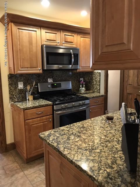 Single Family - Detached 276 Hart Avenue  Staten Island, NY 10310, MLS-1124156-9