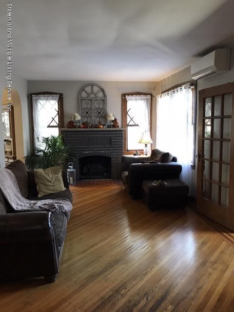 Single Family - Detached 276 Hart Avenue  Staten Island, NY 10310, MLS-1124156-14