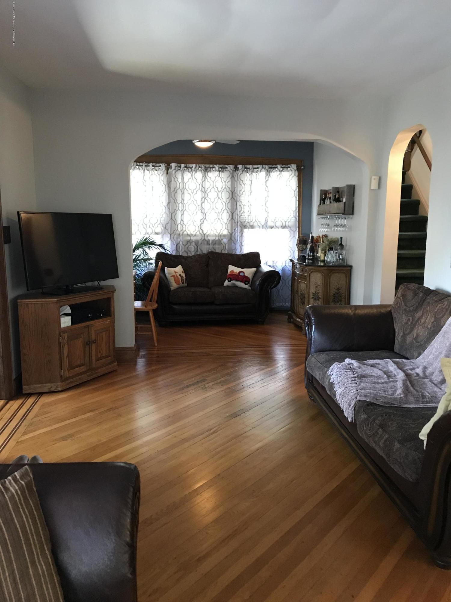 Single Family - Detached 276 Hart Avenue  Staten Island, NY 10310, MLS-1124156-16