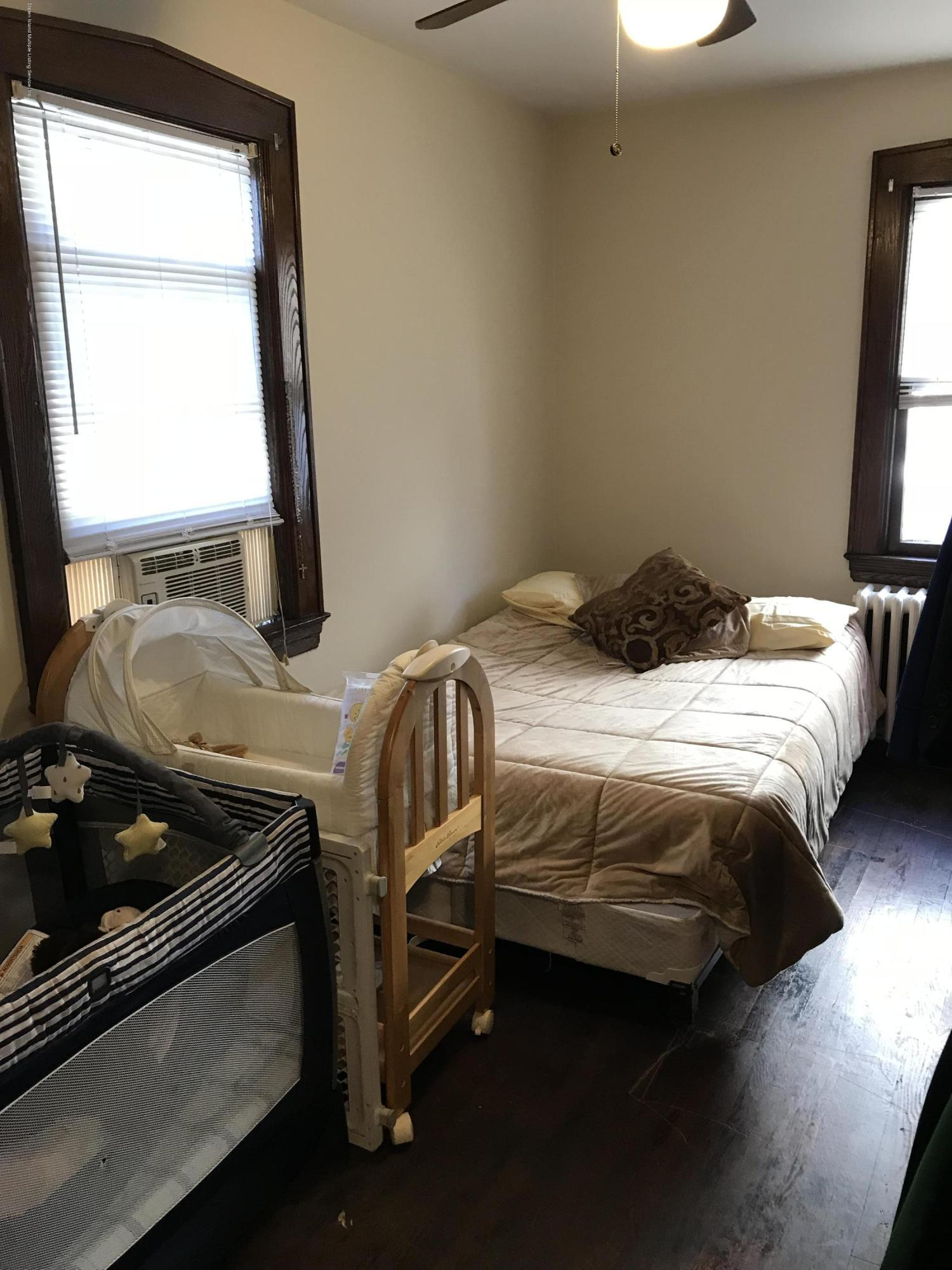 Single Family - Detached 276 Hart Avenue  Staten Island, NY 10310, MLS-1124156-18