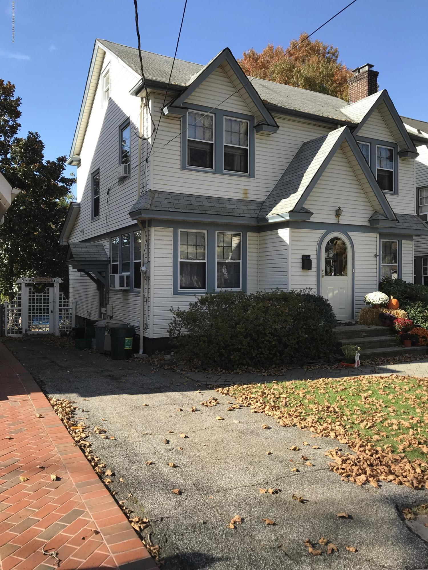 Single Family - Detached 276 Hart Avenue  Staten Island, NY 10310, MLS-1124156-2