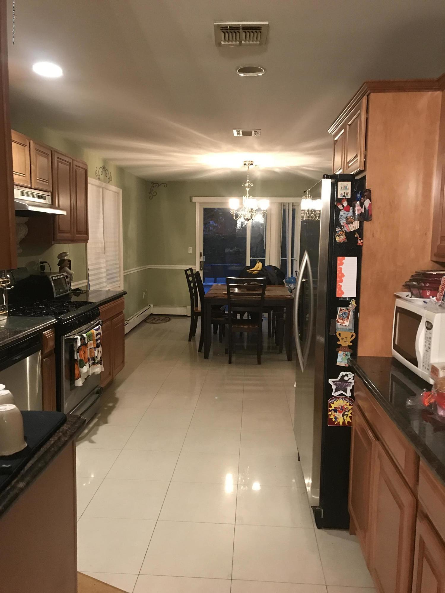 Single Family - Detached 20 Gabrielle Court  Staten Island, NY 10312, MLS-1123867-8