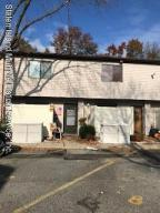 4199 amboy rd unit 9 ..2 levels 2 bedrooms-parking spot in front