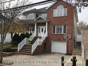 32 Bayview Avenue, Staten Island, NY 10309