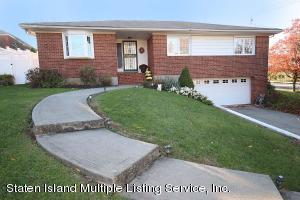 51 Witteman Place, Staten Island, NY 10301