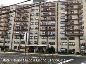 1000 Clove Road, 2-J, Staten Island, NY 10301