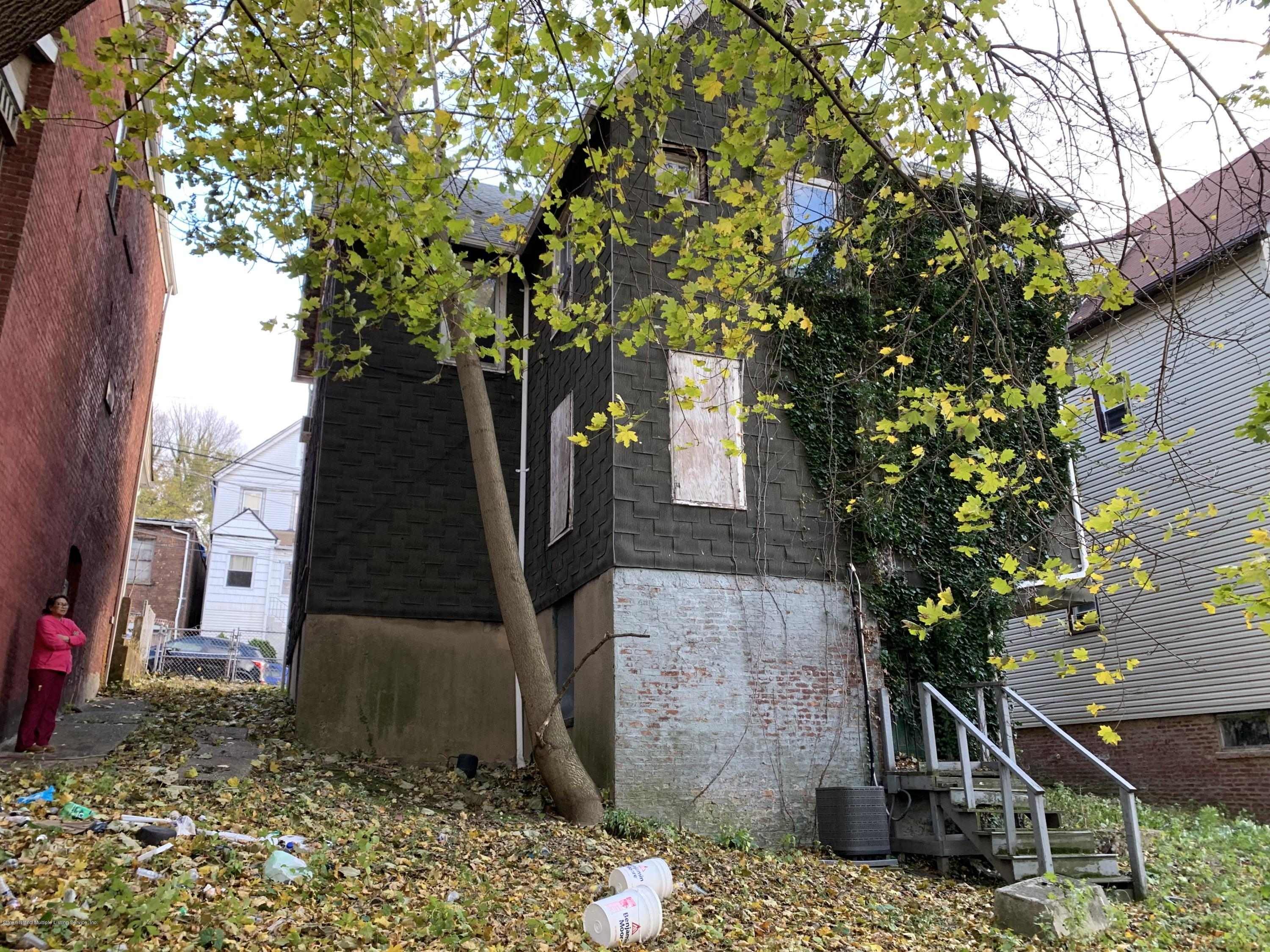Two Family - Detached 203 Benziger Avenue  Staten Island, NY 10301, MLS-1124481-15
