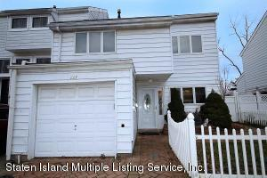 227 Dover Green, Staten Island, NY 10312