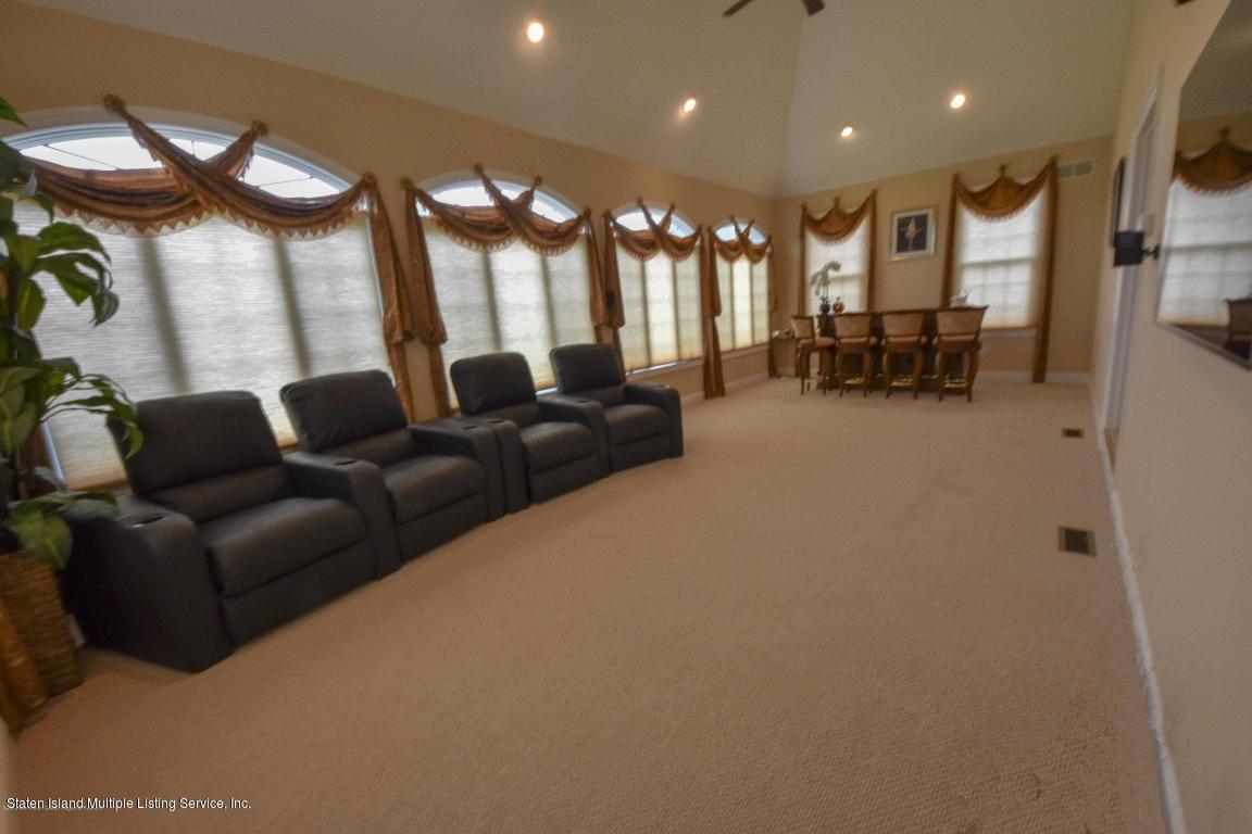 Single Family - Detached 6 Genek Court  Howell, NY 07731, MLS-1124520-10