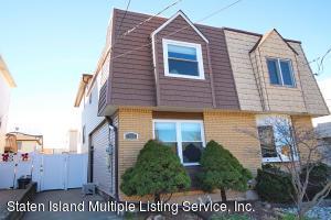 404 Colon Avenue, Staten Island, NY 10308