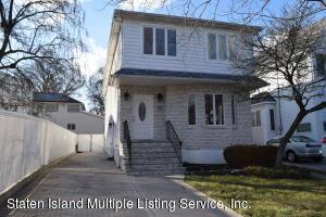 8 Ridgewood Avenue, Staten Island, NY 10312