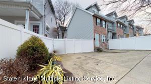 321 Glen Avenue, Staten Island, NY 10301