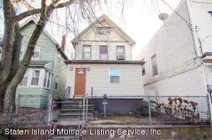 1634 Castleton Avenue, Staten Island, NY 10302