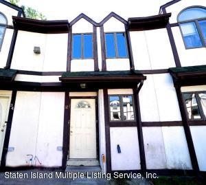 32 Stone Crest Court, Staten Island, NY 10308