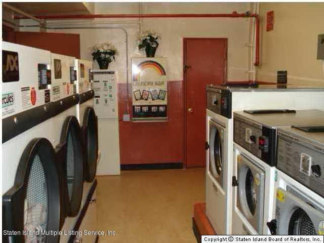 Condo 145 Lincoln Avenue 2 X  Staten Island, NY 10306, MLS-1125148-2