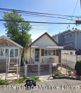 556 Hunter Avenue, Staten Island, NY 10306