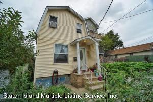 1027 Olympia Boulevard, Staten Island, NY 10306