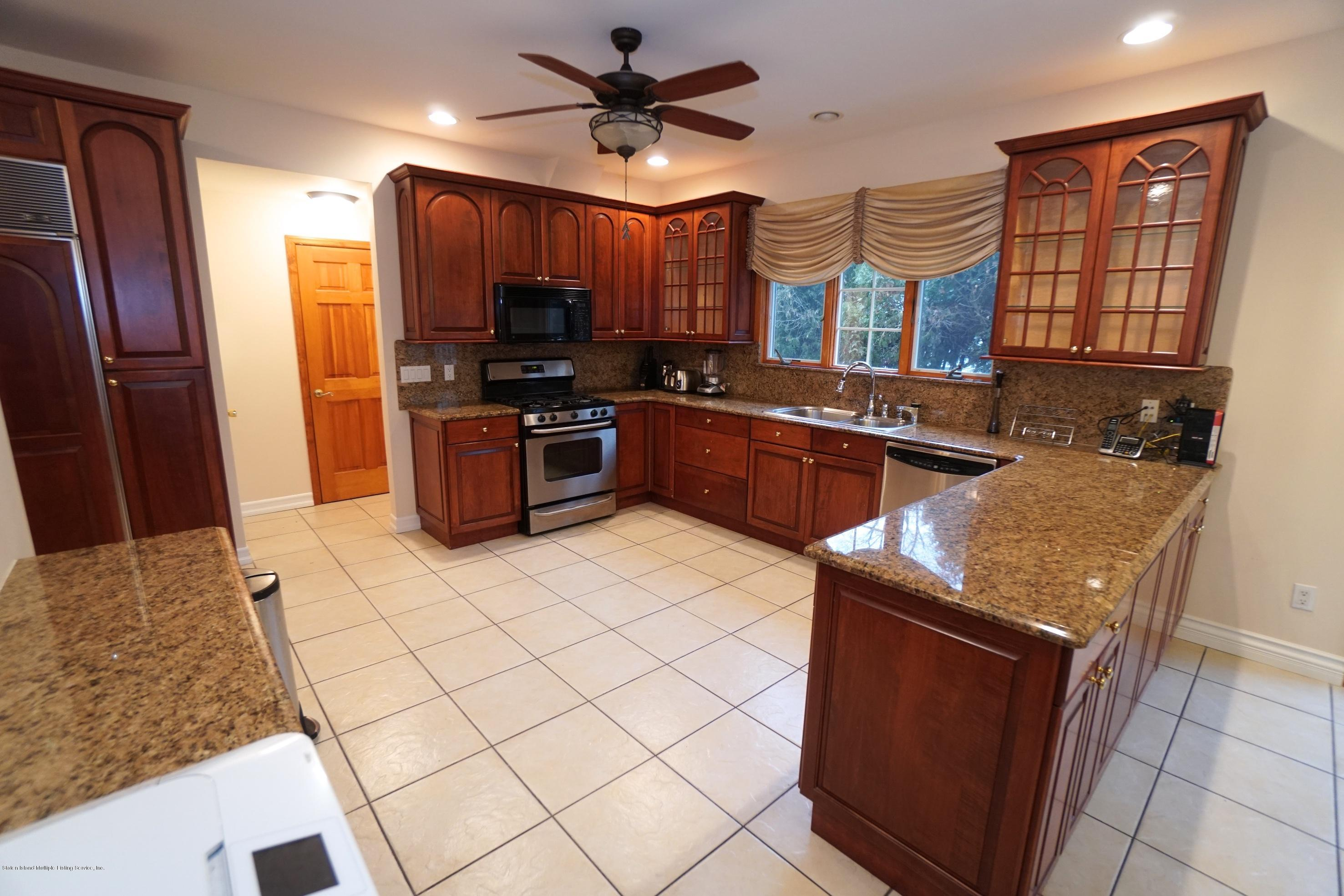 Single Family - Detached 120 Romer Road  Staten Island, NY 10304, MLS-1125309-10