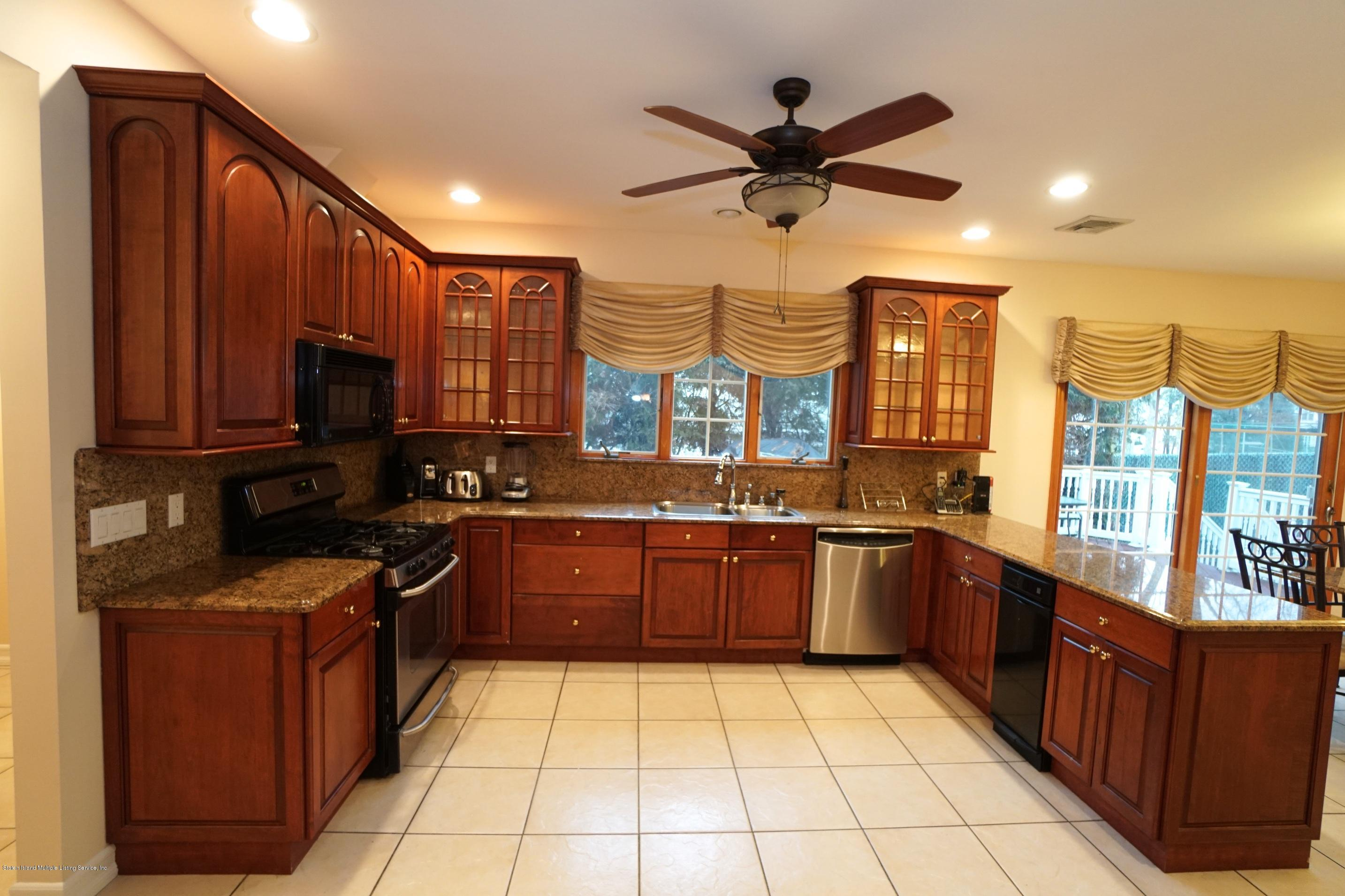 Single Family - Detached 120 Romer Road  Staten Island, NY 10304, MLS-1125309-9