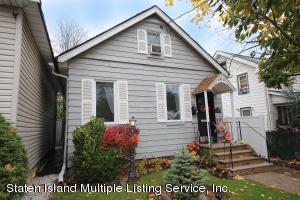 19 Midland Avenue, Staten Island, NY 10306