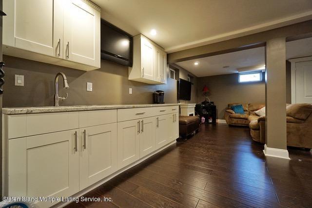 Single Family - Detached 590 Arden Avenue  Staten Island, NY 10312, MLS-1125410-34