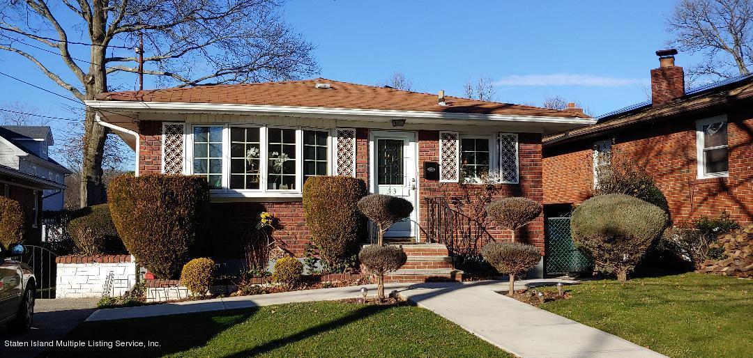 Single Family - Detached in Richmond Town - 53 Natick Street   Staten Island, NY 10306